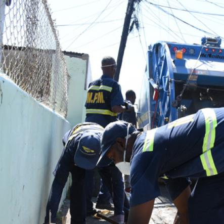 Dirty Jobs Garbage Collectors