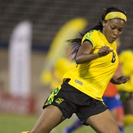 Reggae Girlz versus Chile